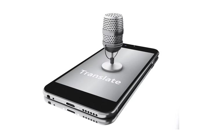 features of voice translator device