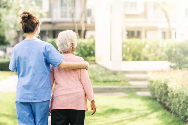 Reason to hire the elderly care provider