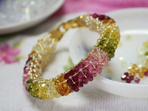 How to Tie a Crystal Bracelet