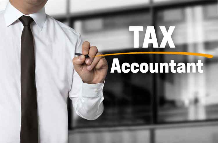 How to Become a Tax Accountant