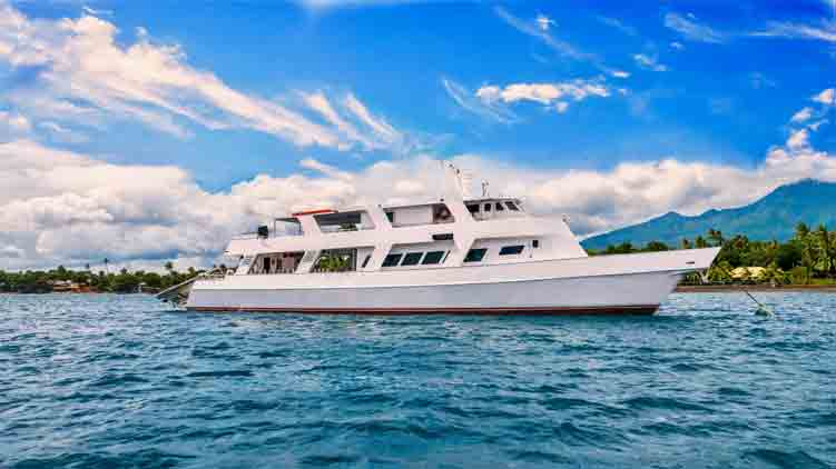 When Diving On a Liveaboard